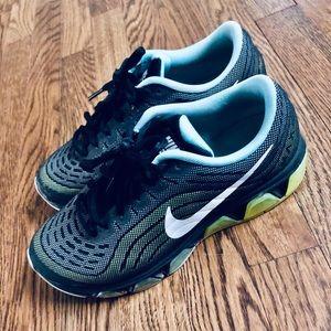 Nike air max sneaker running shoe women size 7